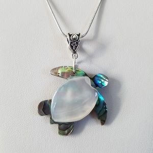 Sea Turtle Necklace/Tortoise Turtle Pendant/ Shell